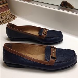 NWOT Aerosoles Navy & Brown Loafers/Flat – 7M